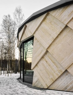 kotten-tengbom-trail-centre-sweden-wood-_dezeen_936_1