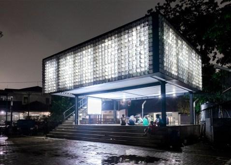 Bima-Microlibrary_SHAU-Bandung_dezeen_1568_3
