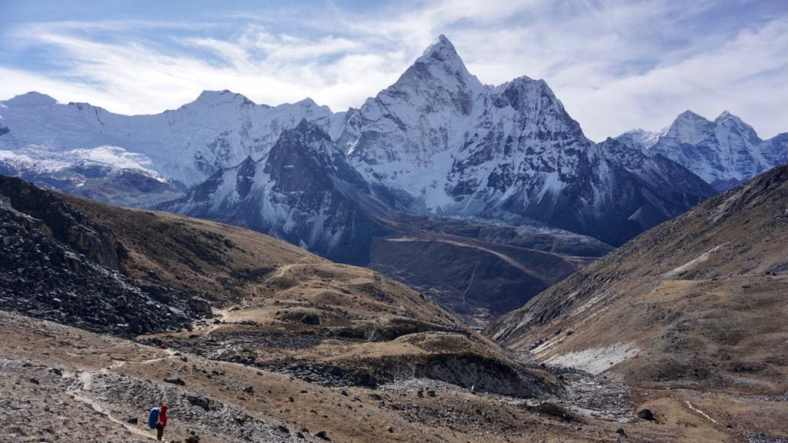The best time for Everest Three Passes Trek