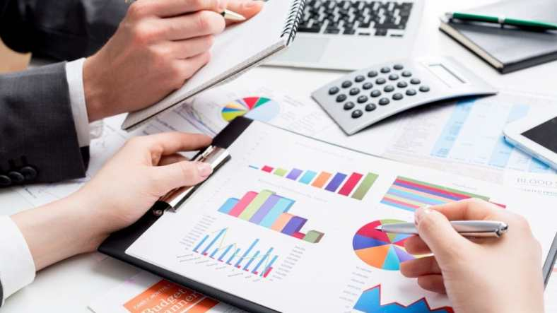 Tips to Stay on top of your Financial Accounting in 2021