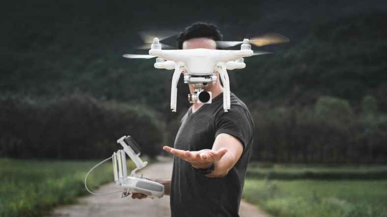 5 High Tech Hobbies That Both Teach and Satisfy