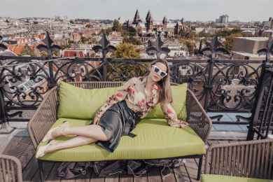 A remarkable transition from travel blogger to fashion photographer during the pandemic