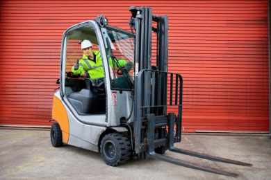 How to Properly Operate a Forklift