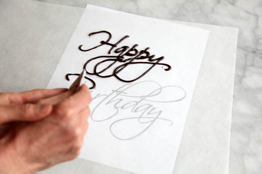 How to Write on a Cake   Photo by Zoë François