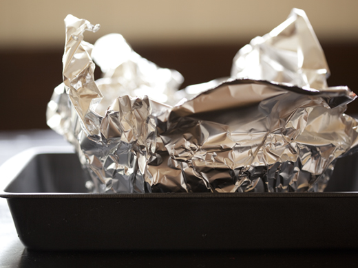 Wrapping baking pan in foil | ZoëBakes | Photo by Zoë François