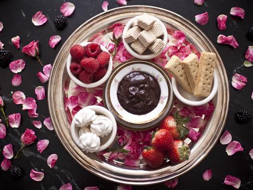 Chocolate fondue recipe | ZoëBakes | Photo by Zoë François