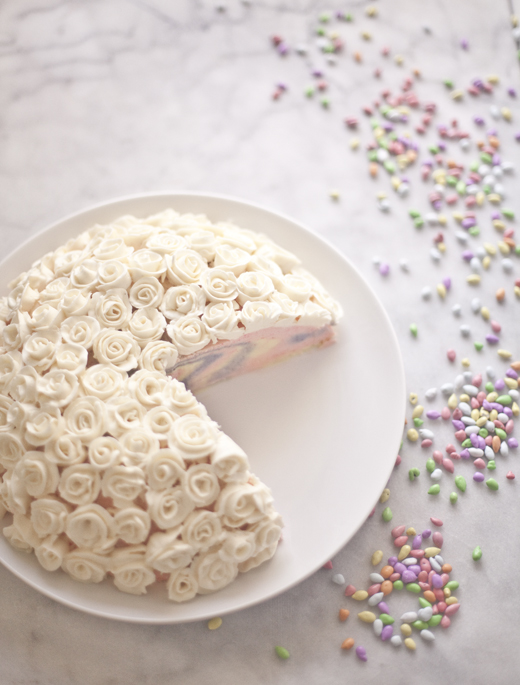 Easter Cheesecake piped with white buttercream roses | ZoëBakes | Photo by Zoë François