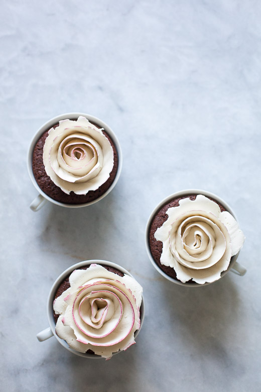 Tea Cup Rose Cakes | ZoeBakes (3 of 21)