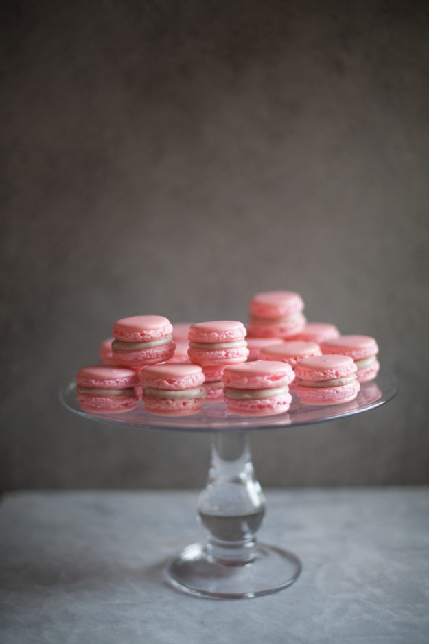 Easy pink macarons | photo by Zoë François