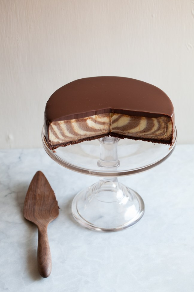 Maida Heatter Bull's Eye Cheesecake | ZoeBakes photo by Zoë François