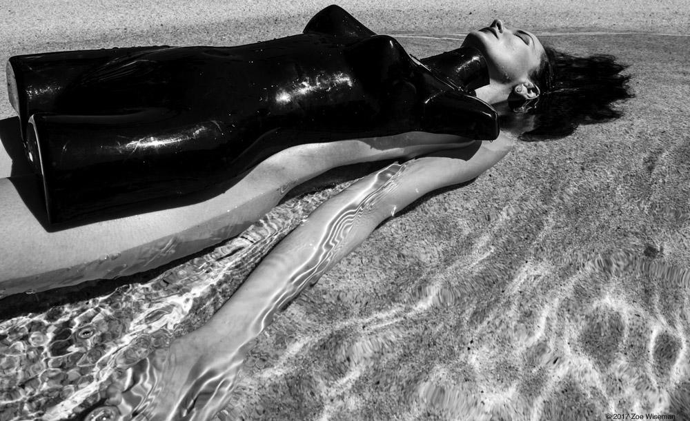 © 2017 Zoe Wiseman - Model: Anne Duffy
