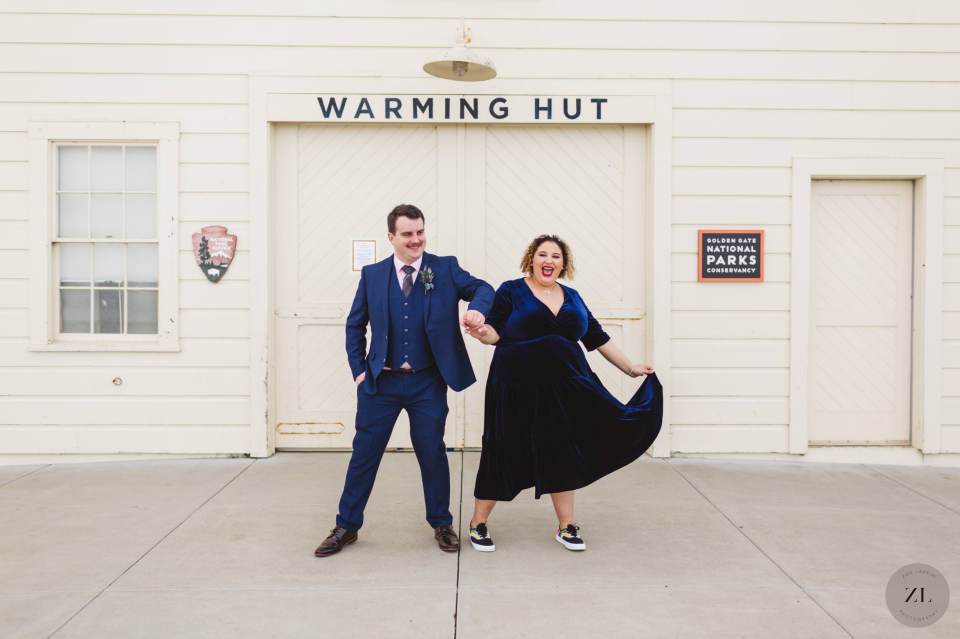 offbeat couple's wedding photography at Crissy Field in San Francisco