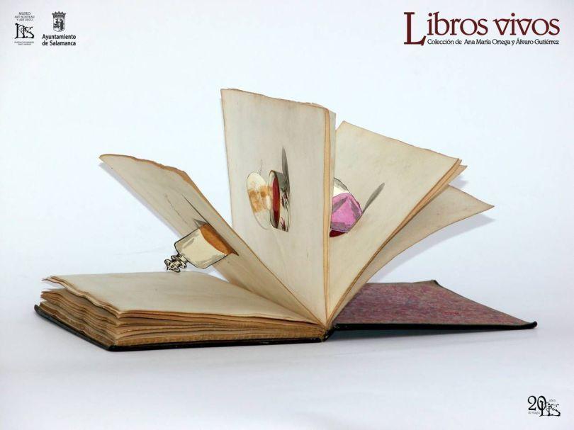 libro-tocador-con-logos-para-facebook