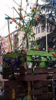 Contenedor vegetal en la calle Gutenberg.