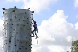 MiamiHeraldNWZoesDolls0728 Climb MSH