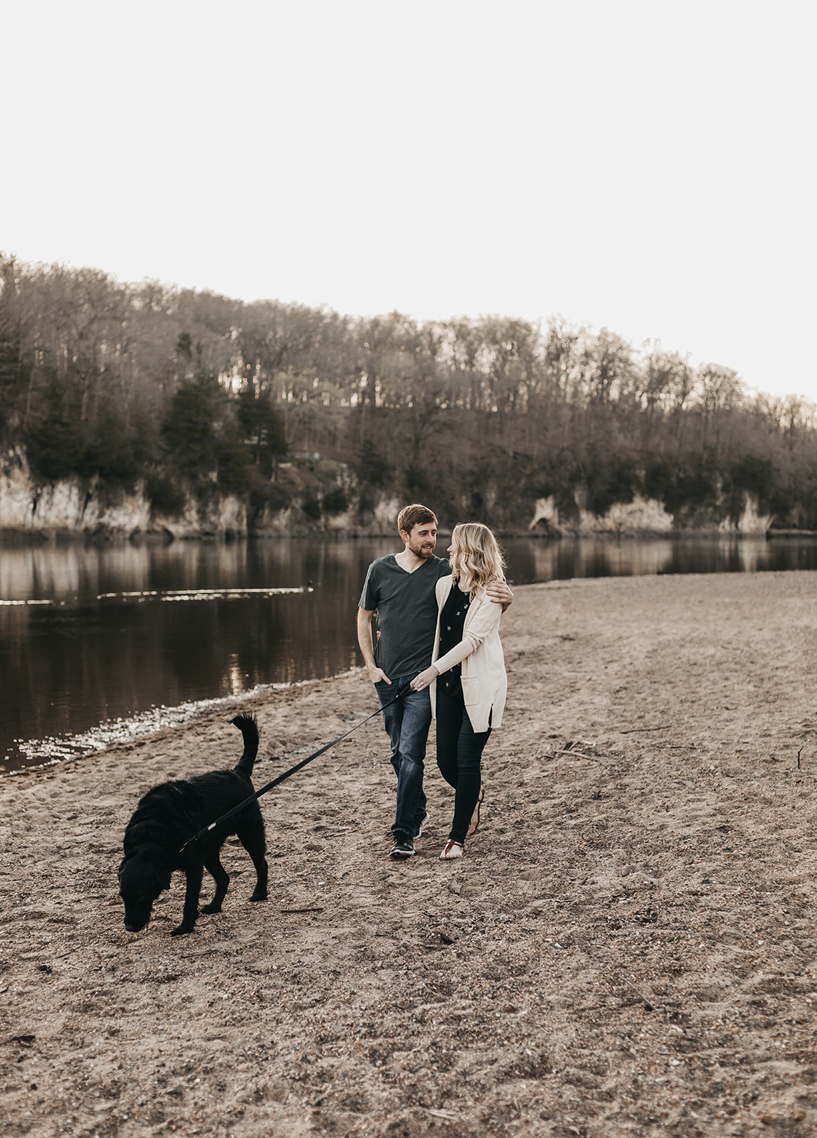 Palisades State Park Engagement Session with Dog