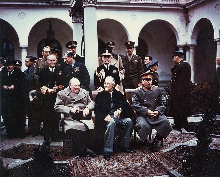 היום לפני 76 שנים התקיימה ועידת יאלטה למרגלות הים השחור, בחודשים האחרונים של מלחמת העולם השנייה