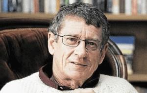 ב6 בפברואר 2015 מת הסופר מתנגד האפרטהייד הדרום אפריקאי אנדראה ברינק