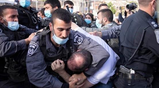"""ח""""כ כסיף בעקבות התקיפה האלימה בהפגנה בשייח' ג'ראח: המשטרה משקרת"""