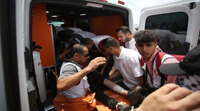 נער פלסטיני נהרג מאש כוחות הכיבוש בנבי סאלח; עשרות נפצעו במהלך המחאות בגדה