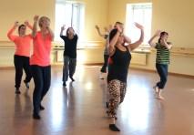 Återkommande rörelse i dansen till Marc Anthonys låt.