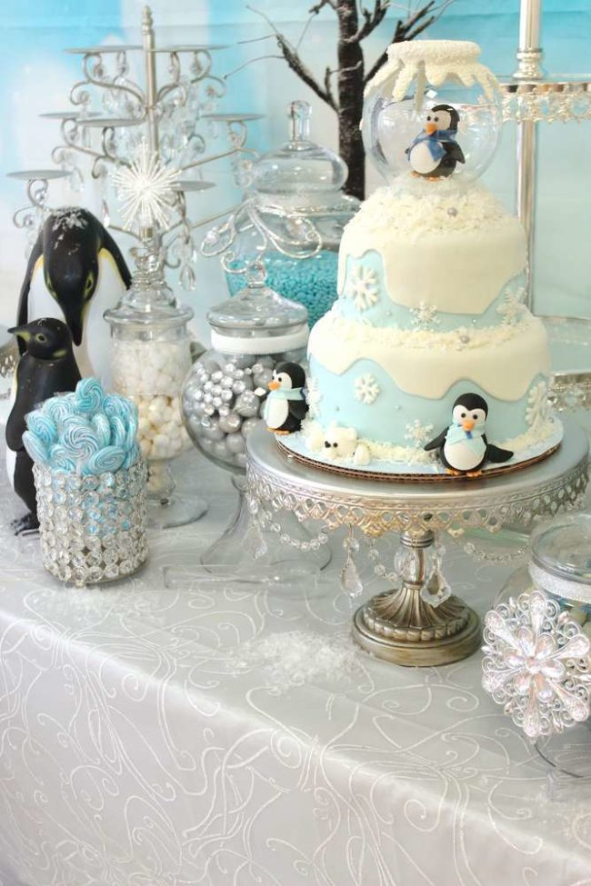 Winter Wonderland Penguin Cake | Winter Wonderland Party Ideas