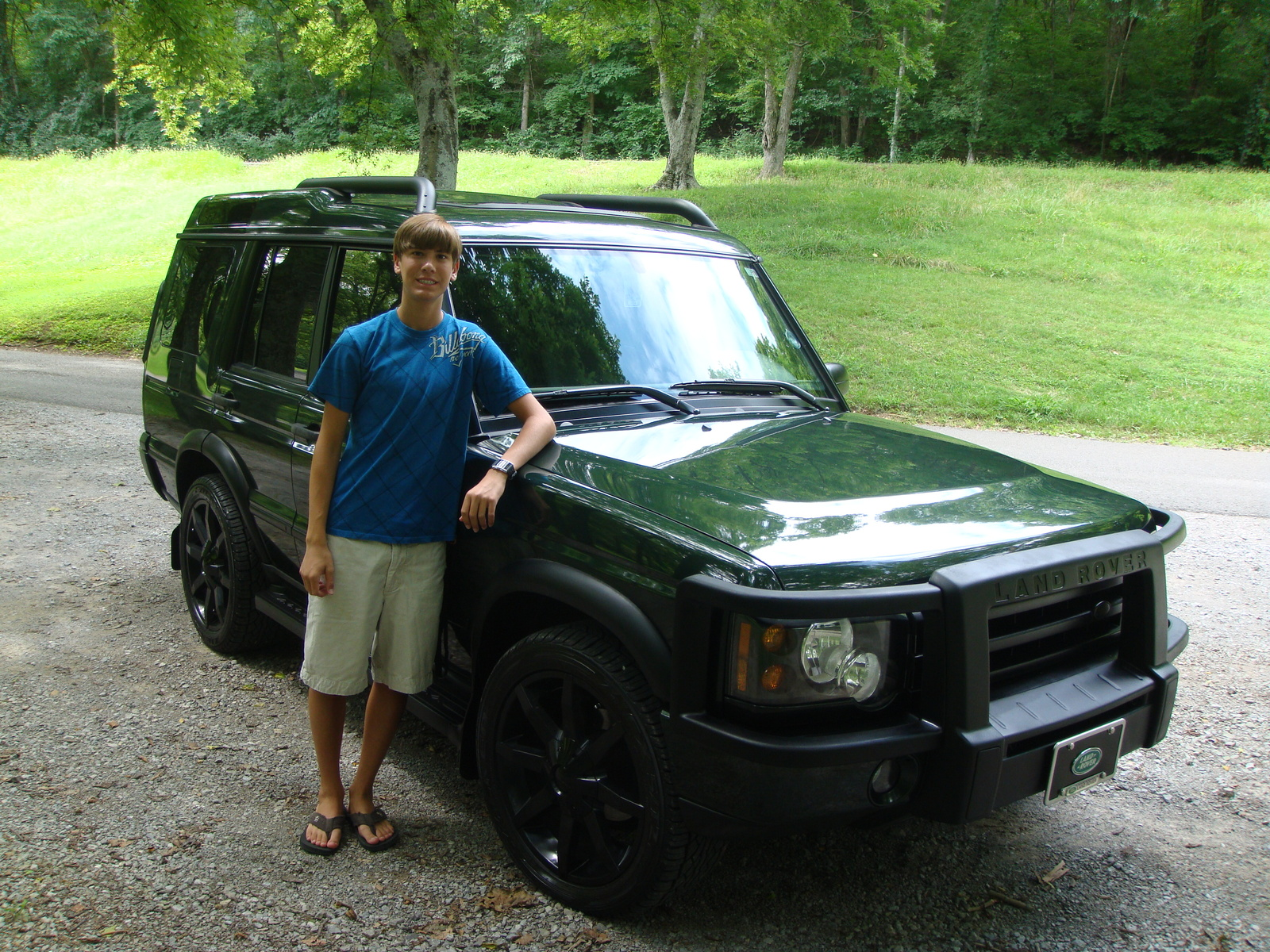 2004 Land Rover Discovery Information and photos ZombieDrive