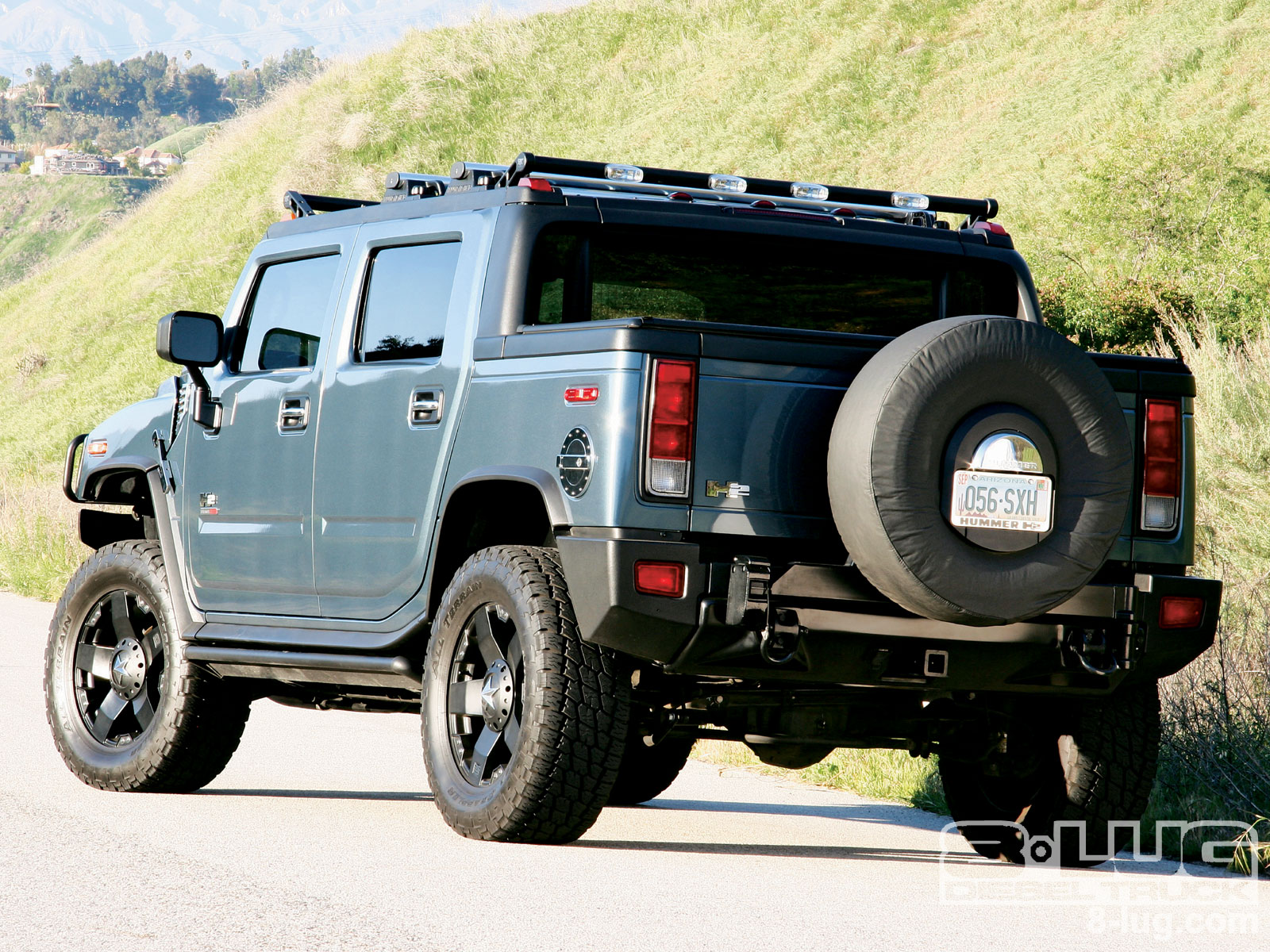 2005 HUMMER H2 SUT Information and photos ZombieDrive