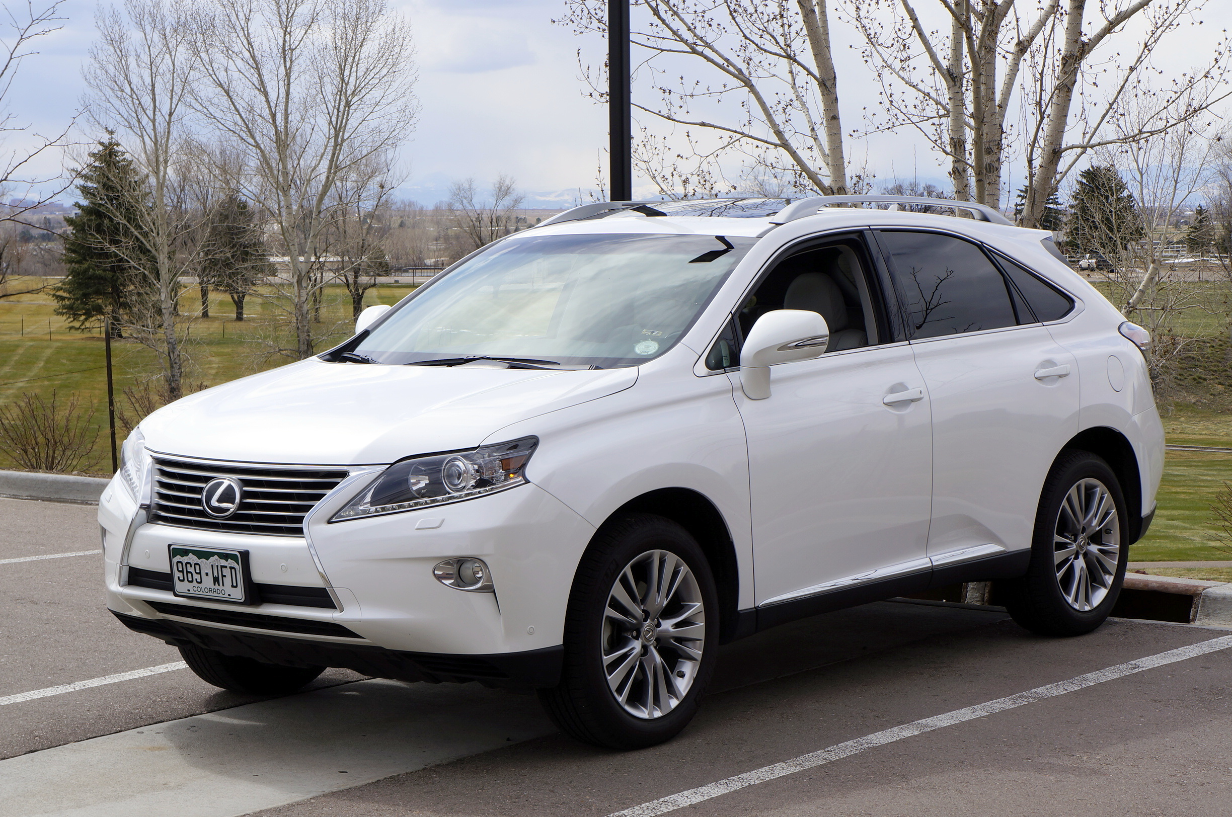 2013 Lexus RX 350 Information and photos ZombieDrive