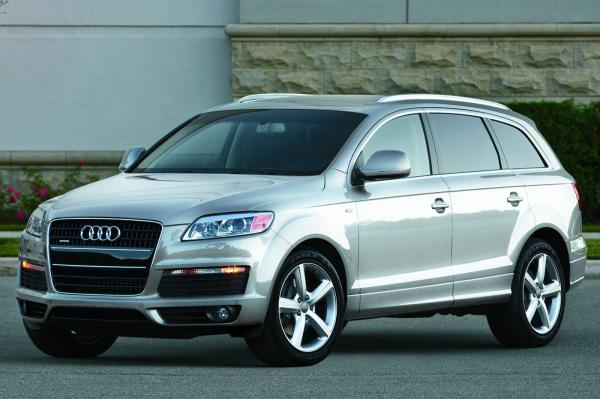 2010 Audi Q7 - Information and photos - ZombieDrive
