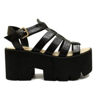 zti8c0-l-610x610-shoes-sandals-black+sandals-heel-heel+sandals-vinatge-flatforms-flatform+sandals-cleated+sole