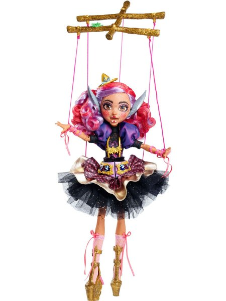 sdcc-2016-Cedar-Wood-Doll-Ever-After-High-Exclusive