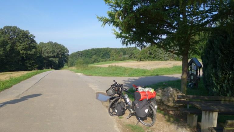 j02_ev6_veloroutedesfleuves_bicycle_touring_fun_04