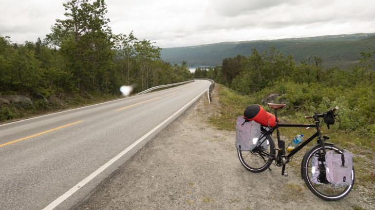j03_norway_south_bicycle_touring_fun_04