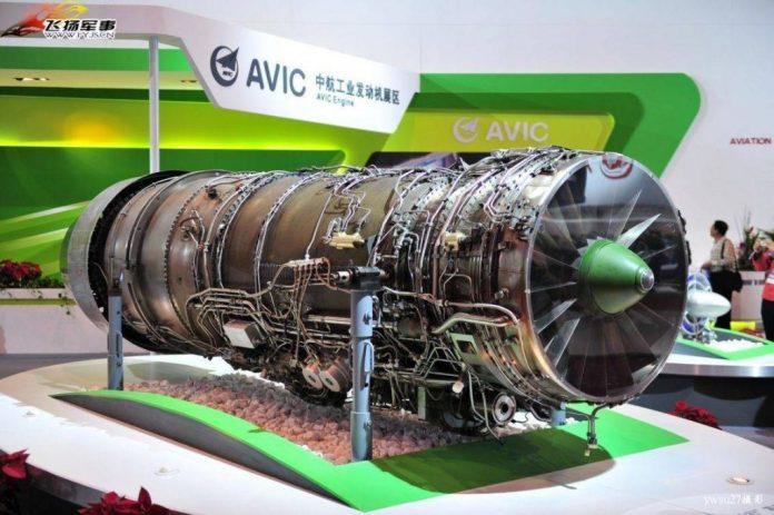 Un modelo del motor WS-10A Taihang en exhibición en una muestra aérea. Imagen: Internet.