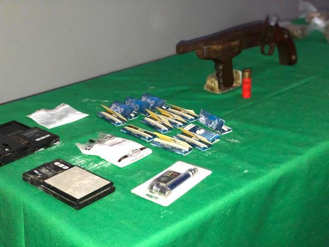 Elementos incautados durante el operativo.