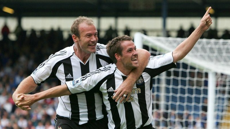 Alan Shearer e Michael Owen. con la maglia del Newcastle