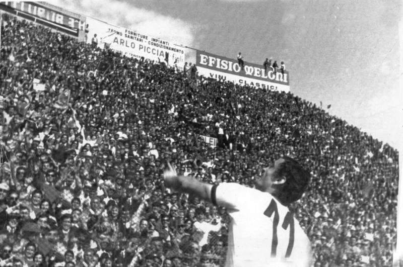 Cagliari Gigi Riva scudetto 1970