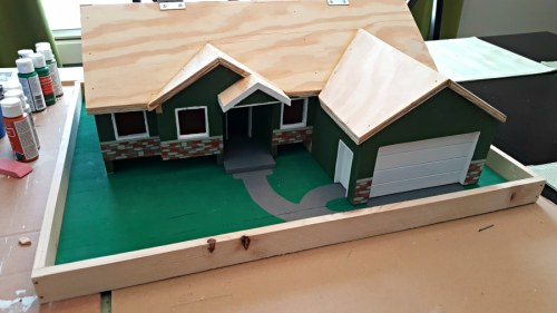 roof added to diy bird feeder