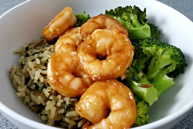 Honey Garlic Shrimp Recipe - quick and easy, ready in 20 minutes!