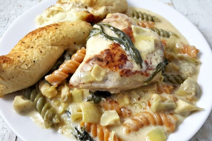 One Pan Cheesy Spinach Artichoke Chicken Pasta Recipe - ready in just 25 minutes