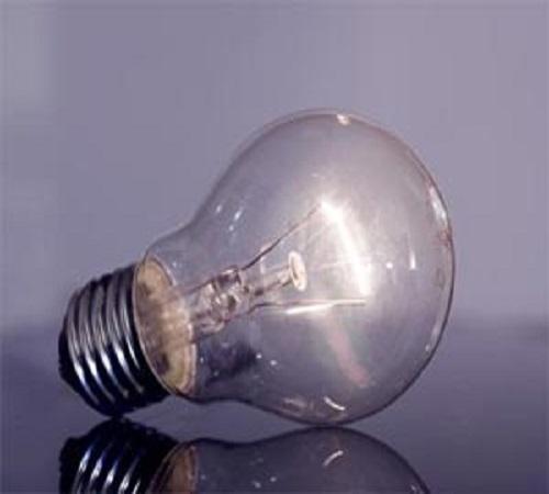 14 Ide Kreatif Kerajinan dari Lampu Bohlam Bekas