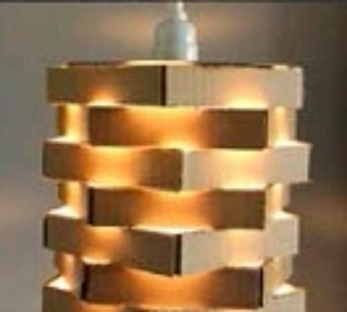 lampu-gantung-cantik-kardus-bekas