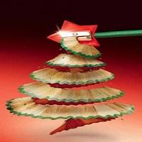 pohon natal dari serutan pensil