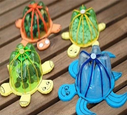 Membuat Mainan Anak Bentuk Kura-Kura dari Botol Bekas