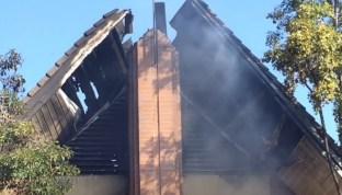 Los bomberos aún están investigando sobre la causa del incendio