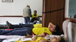 Manos mormonas que ayudan organiza a los miembros limeños para donar sangre.