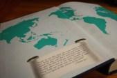 Producido en 1982, esta edición comercial del Libro de Mormón incluyó datos históricos y contextuales por medio de líneas de tiempo e historias.