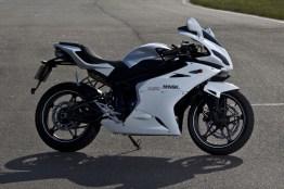 M1snk R250 white