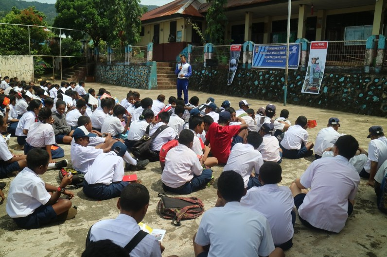 CSR_Safety Riding Astra Motor Papua Goes to School 2018_ Dikyasa Polda Papua